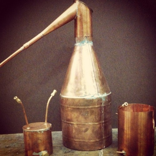25+ best ideas about Copper moonshine still on Pinterest ...