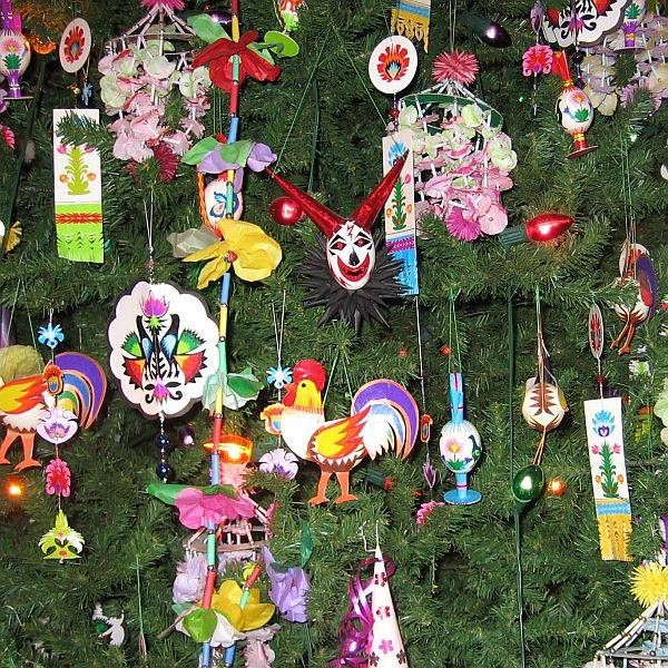 Traditional christmas decorations from around the world for Christmas decorations near me