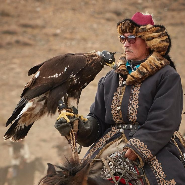 Follow me on Instagram http://ift.tt/2dshMu6 Everybody's got shades... #eaglefestival #kazakh #remotelocations #explore #withintheframe #mongolia #photoadveture