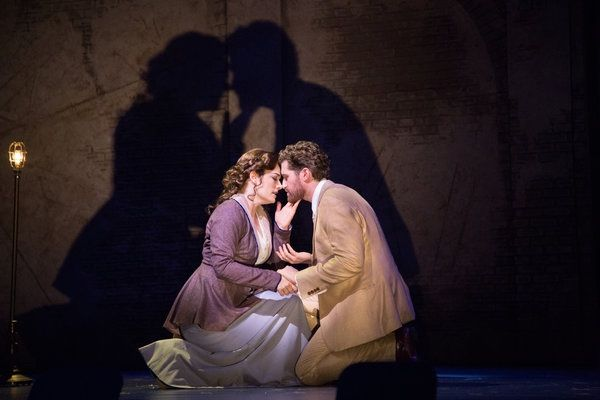 Finding Neverland Laura Michelle Kelly & Matthew Morrison Lunt-Fontanne Theatre
