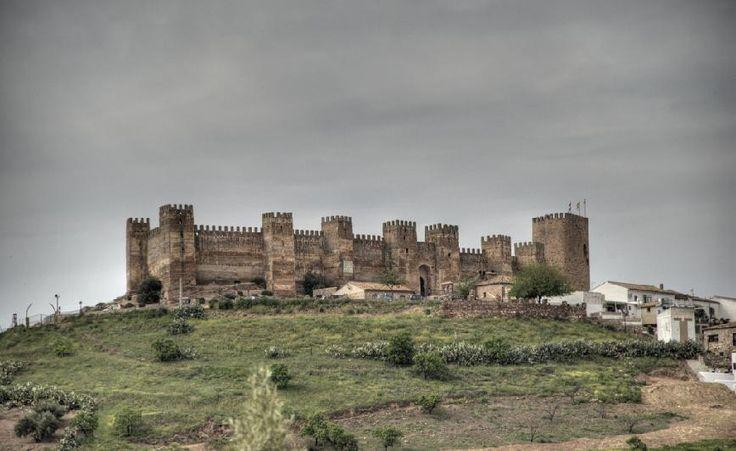 Castillo de Burgalimar o Castillo de Baños de la Encina (Jaén)