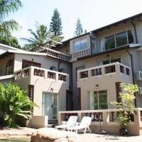Great self-catering venue in Margate on the KZN South Coast - 7 Bedrooms + Pool!