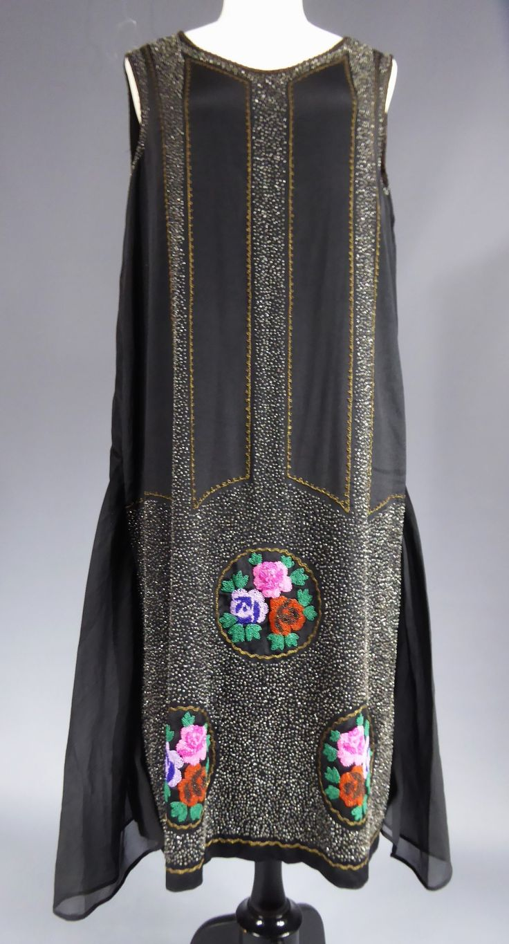 Dress, black silk chiffon with embroidery and beads, Jean Patou, Evening dress. 1925/1927