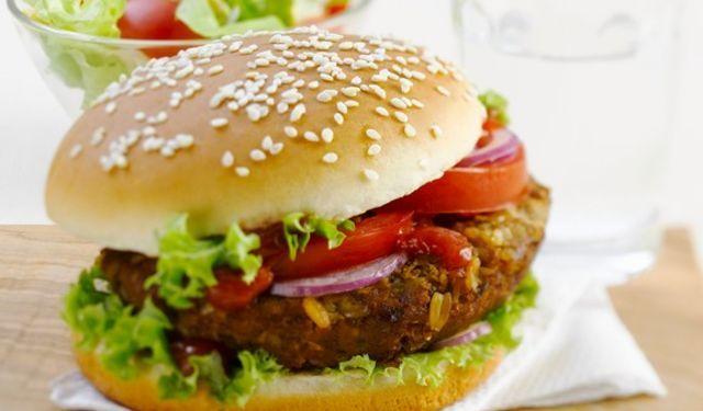 Ide to aj bez mäsa: Grilovaný tofu burger