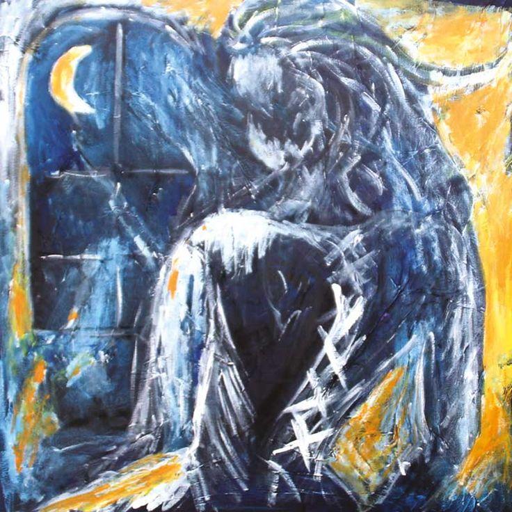 DAME BLANCHE / Den hvide dame – her holder hun til: i sit værelse på Selsø Slot ud mod voldgraven. Hun knivdræbte sin sovende mand, i den seng der stadig står i rummet. I fortvivlelse forsøger hun at skjule sin misdåd, ved at skubbe liget ud af vinduet, ned i det plumrede vand. Hun bakser med den tunge krop og han glider fra hende. Hun får samlet ham op og puttet ud af vinduet. Hun står bange og ulykkelig tilbage. Ser forskrækket mandens blodige natskjorte har afsat en stor blodplet på…