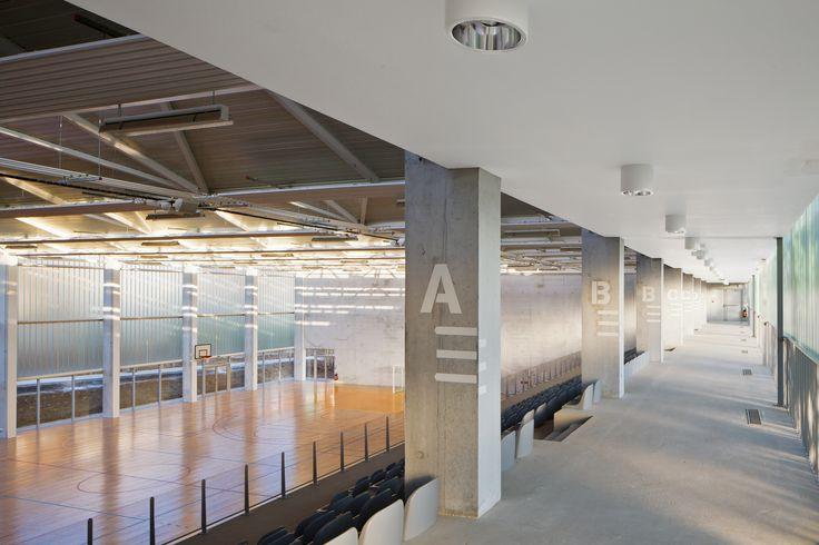 Gallery of Multisports Hall Mouvaux / de Alzua+ - 3