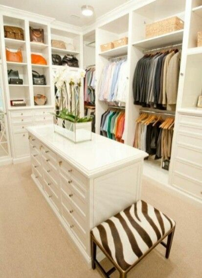 N likes this mens section divided into 4 - shirts, polos, pants, suits and jackets