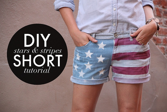 DIY stars and stripes shorts. Just in time for the fourth!