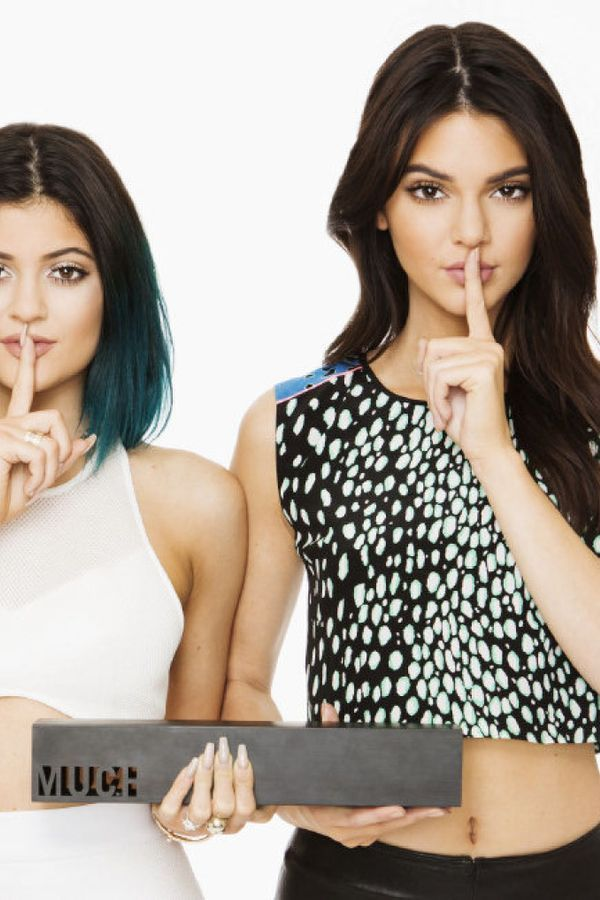 Kylie Jenner And Kendall Jenner Keeping Up With The Kardashians Kendall Jenner Dress Kendall Jenner Kylie Jenner