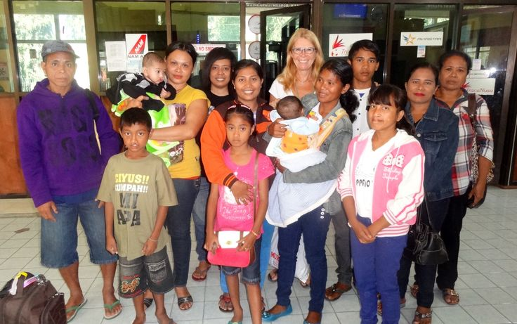 travelling for Kolewa foundation from Sumba to Bali for free surgery
