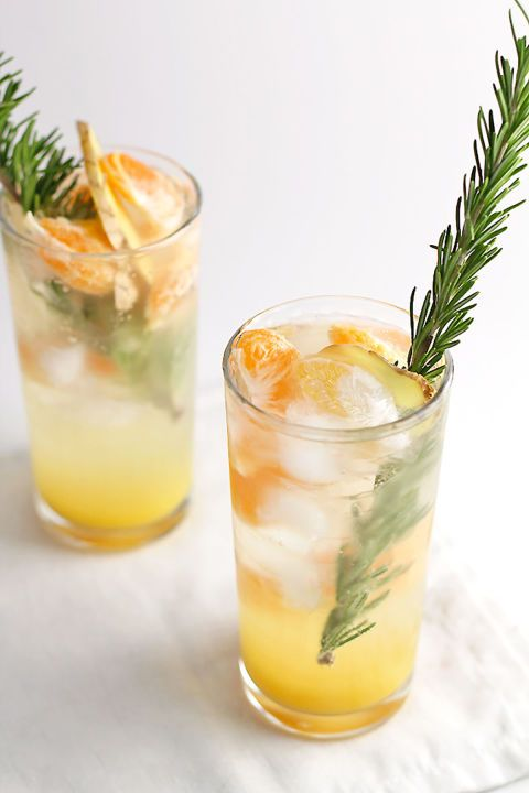 Virgin Ginger Mimosa:  This mimosa is perfect for those who want a nonalcoholic but festive drink for Easter. Clementines and slices of ginger give this mocktail an extra kick.