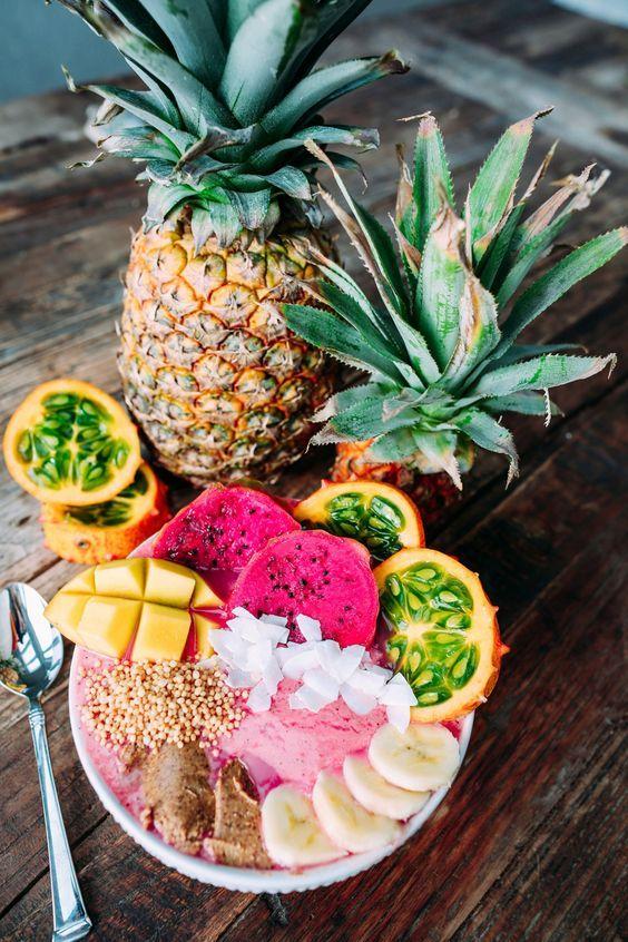 Gesunder tropischer Sommer-Frucht-Salat | repinned by @hosenschnecke