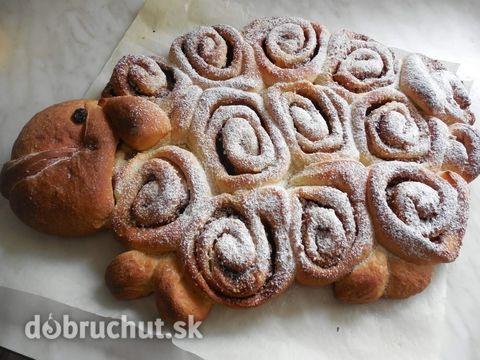 Fotorecept: Veľkonočný škoricovo-orechový hrnčekový baranček
