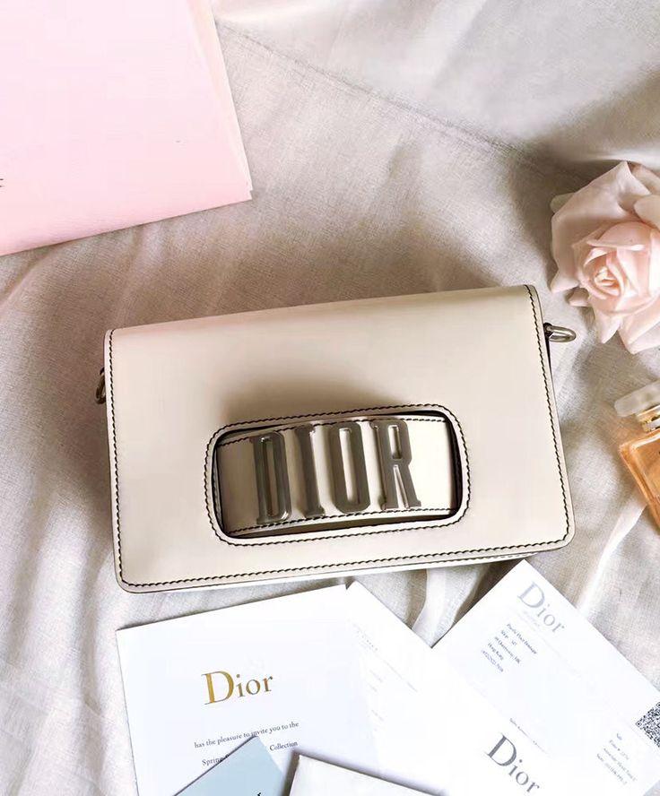 Christian Dior Dio(r)evolution Flap Bag With Slot Handclasp M8000