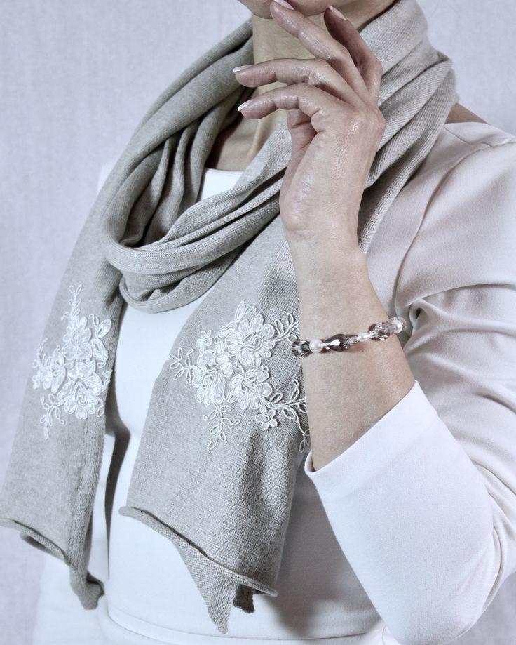 Sciarpa cotone e Cashmere con pizzo bianco e paillettes Sciarpa elegante Jewelry shawl Lace Scarf