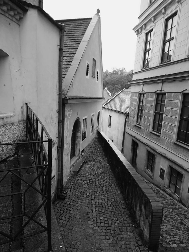 When you visit Český Krumlov in the Czech Republic and it's bad weather, one of the best things you can do is to walk and discover the fascinating details of this medieval small tow…