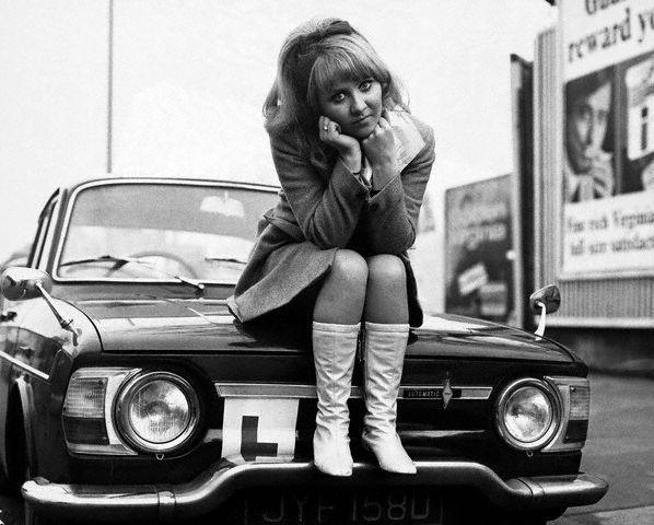 24 1960s lulu singer 60s chic british vixen sixties