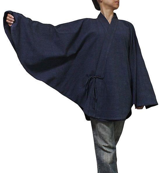Veste-kimono indigo.