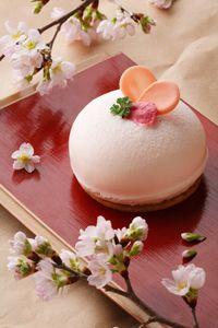 ホテル西洋銀座 Sakura Cheesecake - Japan