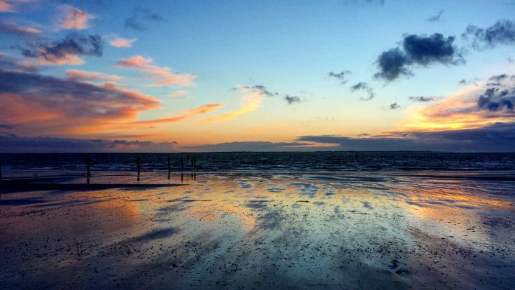 sea, beach, horizon over water, sky, sunset, water, nature, beauty in nature, scenics, tranquility, tranquil scene, cloud - sky, idyllic, outdoors, no people, sand, day