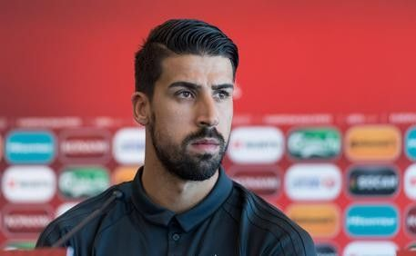 Ahead of tomorrows Champions League game against Dinamo Zagreb Juventus star Sami Khedira decided to leave Real Madrid to join  Source