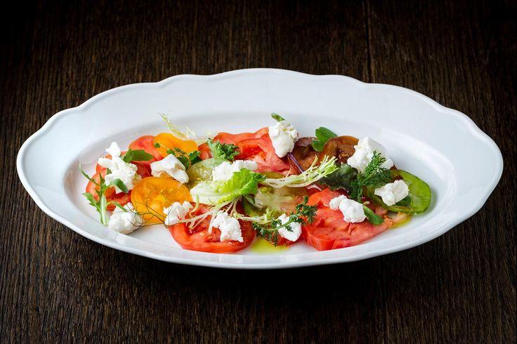 És Bisztró http://www.esbisztro.hu/   #budapest #restaurant #esbistro #design #restaurantdesign #food