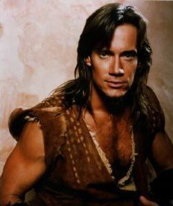 Kevin Sorbo (Hercules).