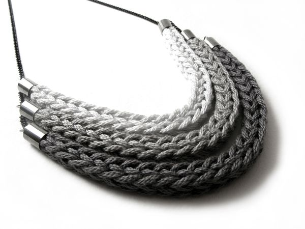 knit necklace #tricotin