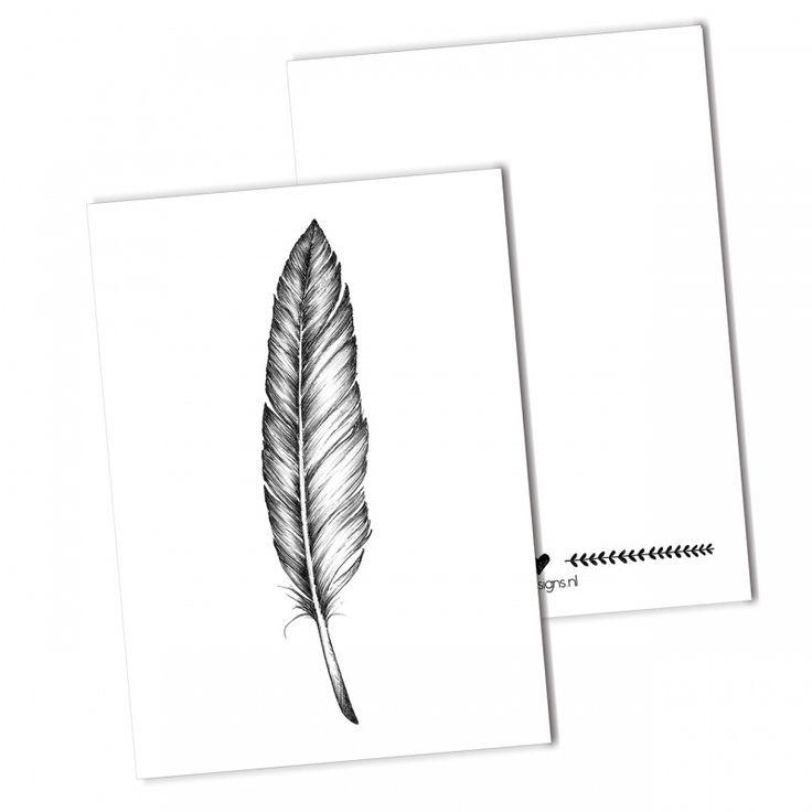 Ansichtkaart Veer Een handgetekend ontwerp van een veer, gedrukt op sulfaat karton.  zwart-wit illustratie monochrome feather