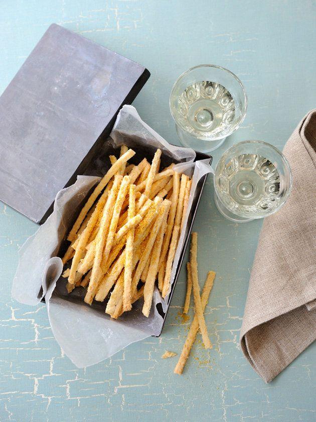 おからをたっぷり使ったヘルシースナックが完成。青のりと粉チーズで風味アップ!|『ELLE a table』はおしゃれで簡単なレシピが満載!