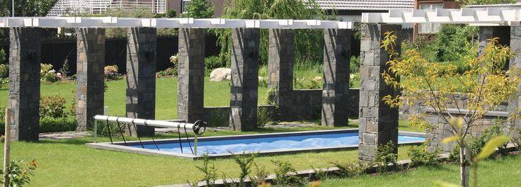 loubí z čedičových sloupů / bowers of basalt columns