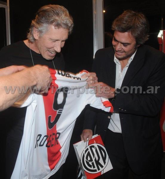 Roger Waters es de River Plate.