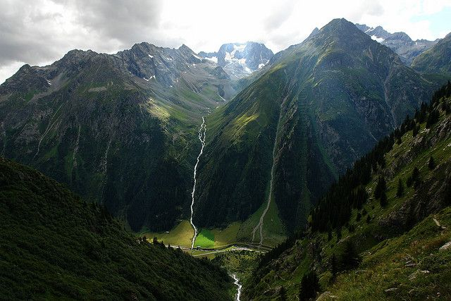 think this is the Hohe Geige in Austria - photo by WeatherMaker  on flickr