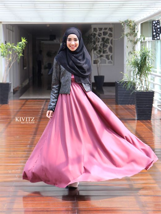 Cala Scarf by KIVITZ Inan Blazer by KIVITZ Limited Basic Dress by KIVITZ