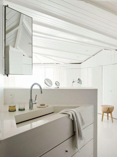 Les 25 meilleures id es de la cat gorie salle de bains lambris sur pinterest - Lambris pour salle de bain ...
