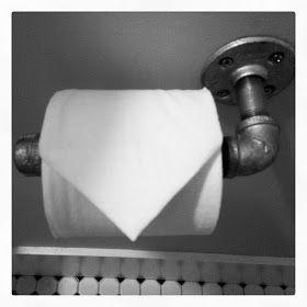 Super Easy DIY Industrial Toilet Paper Holder