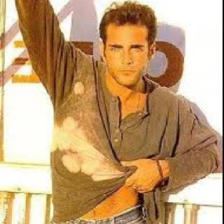 Brian Bloom (Dusty on Young & the Restless) who I had a MAD crush on in the 80's