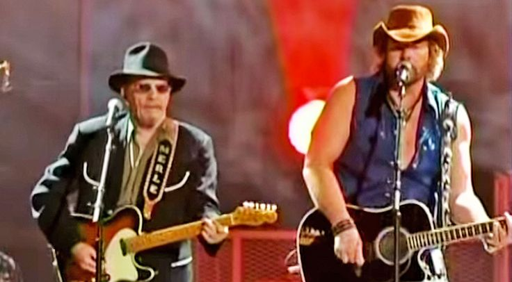 Country Music Lyrics - Quotes - Songs Toby keith - Toby Keith Joined Merle Haggard For An Explosive Performance Of 'The Fightin' Side Of Me' - Youtube Music Videos http://countryrebel.com/blogs/videos/merle-haggard-toby-keith-teamed-up-for-an-electrifying-duet-of-the-fightin-side-of-me