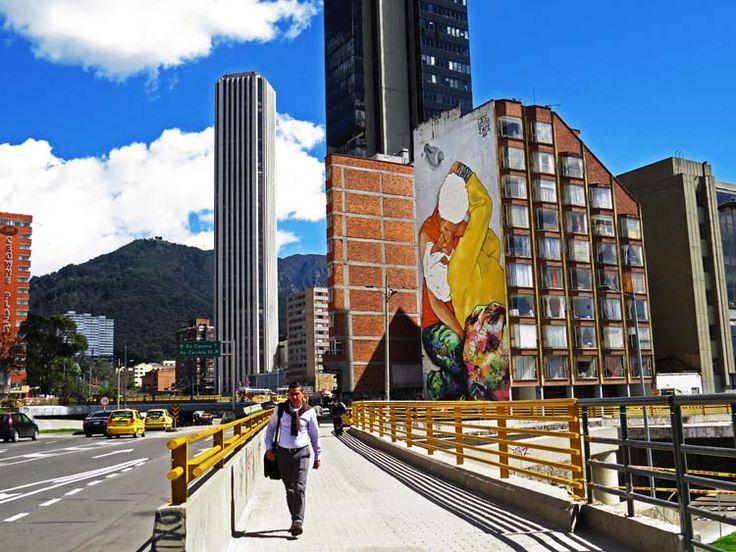 3. El beso de los invisibles, un graffiti de dos habitantes de la Calle besándose