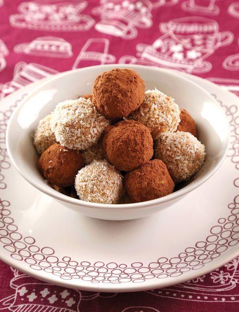 JIN & JANG GUĽKY (suš. ďatle, hrozienka, suš. jablká, mandle, mandľová múka, kokos. múčka, strúh. kokos, kakao...)
