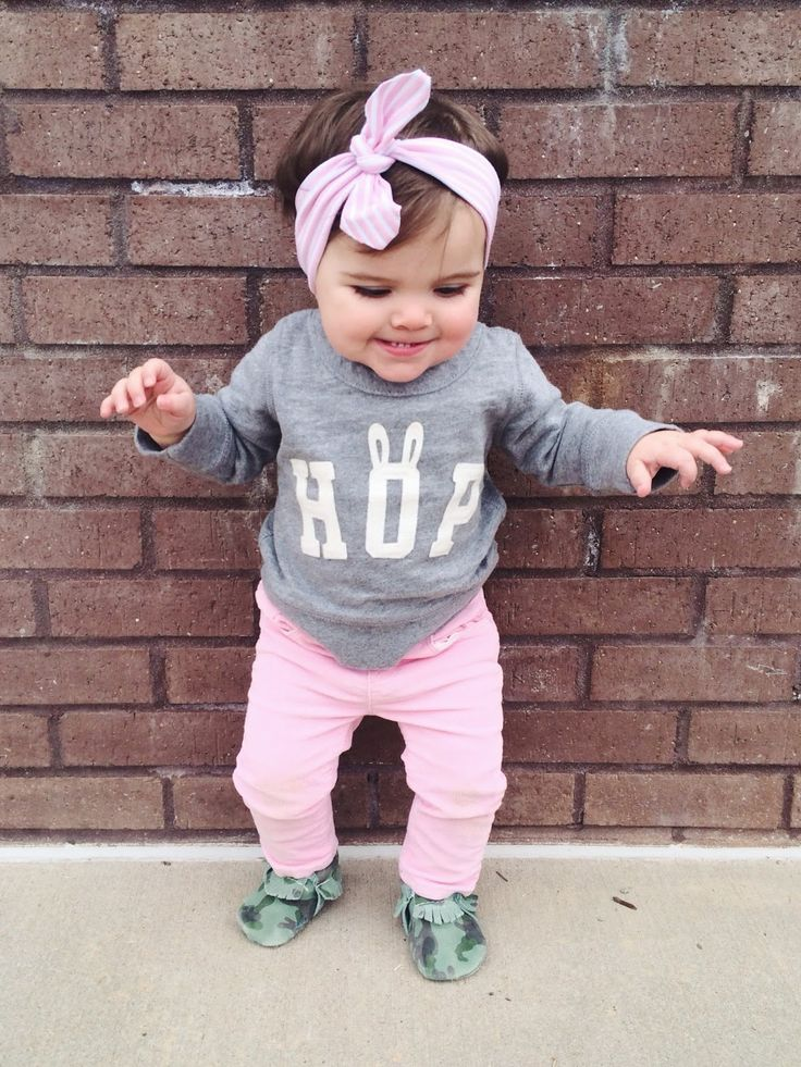 So much cuteness! Love this babe in her LHS headband and Freshly Picked camo moccs!
