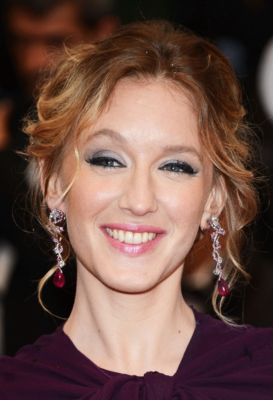 Ludivine Sagnier at Cannes closing ceremony