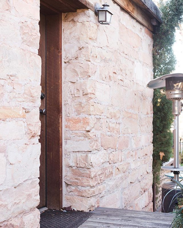 DIY Gold Sharpie Wall • Vintage Revivals