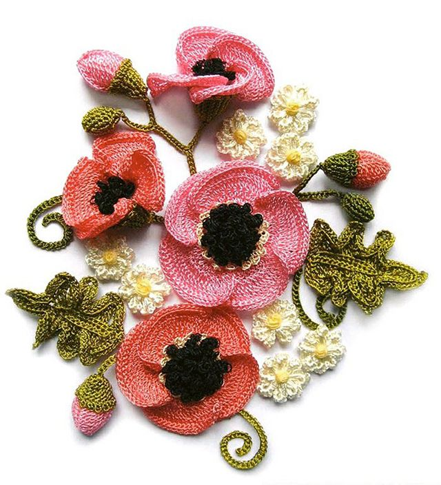 Beautiful #crochet poppies. Free tutorial.