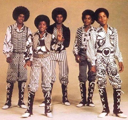 The Jackson 5. (L-R Jermaine Jackson, Michael Jackson, Jackie Jackson, Tito Jackson, and Marlon Jackson.)