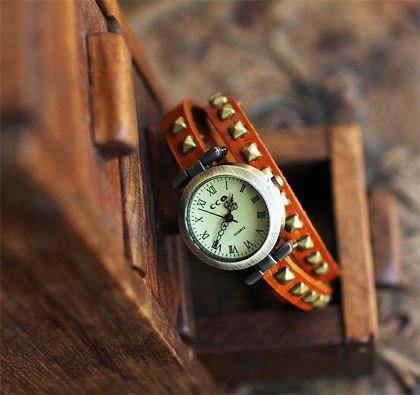 Orange Round Retro Leather Quartz Women Watches