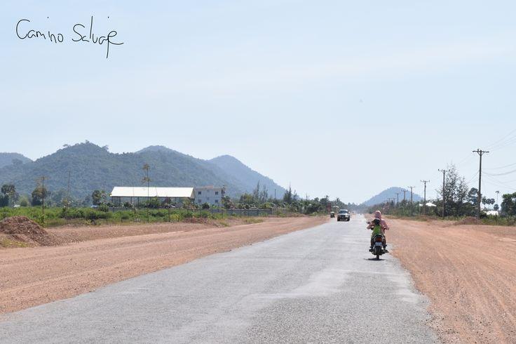 Kampot y Kep son dos pequeños pueblos al sur de Camboya que enamoran por su tranquila vida local. Y por su deliciosa comida...