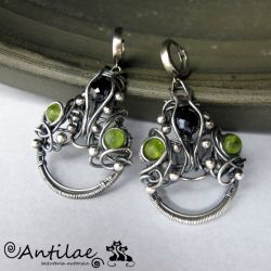 Tesuta - Spinel, peridot, wire wrapping