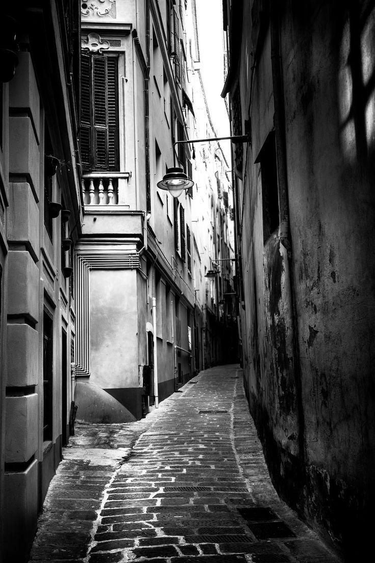 Genova's lane by Emanuele Colombo on 500px