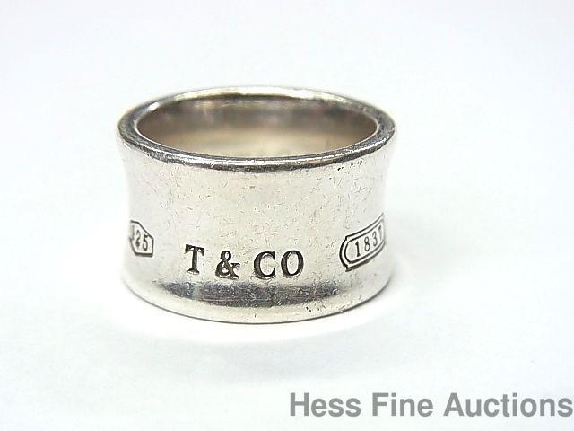 Pin 419186677789819960 Tiffany 1837 Ring